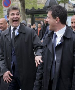 Valls-Montebourg-Champs-Elysee bis