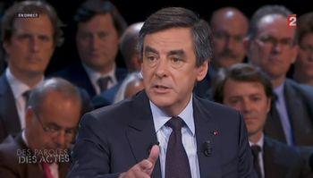 François-Fillon-Des-paroles-et-des-actes-6-juin-2013