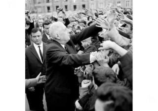 Election suffrage universel De Gaulle