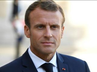 Emmanuel Macron gilets